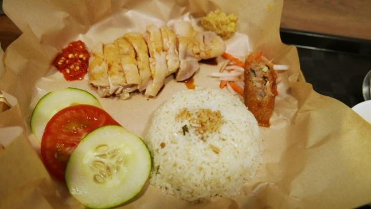 【花蓮市-海風南洋餐室】推薦海南雞飯/酸辣海鮮湯河粉
