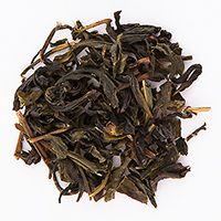 在發酵過程中,以不發酵的方式製作茶,稱為綠茶(Green Tea)