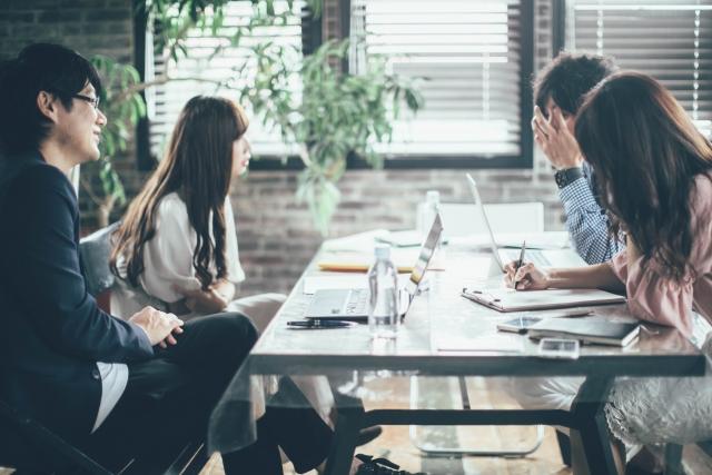 「斜槓青年」所提倡的多職人生就是一種主動尋求讓自己生活得更快樂的方式