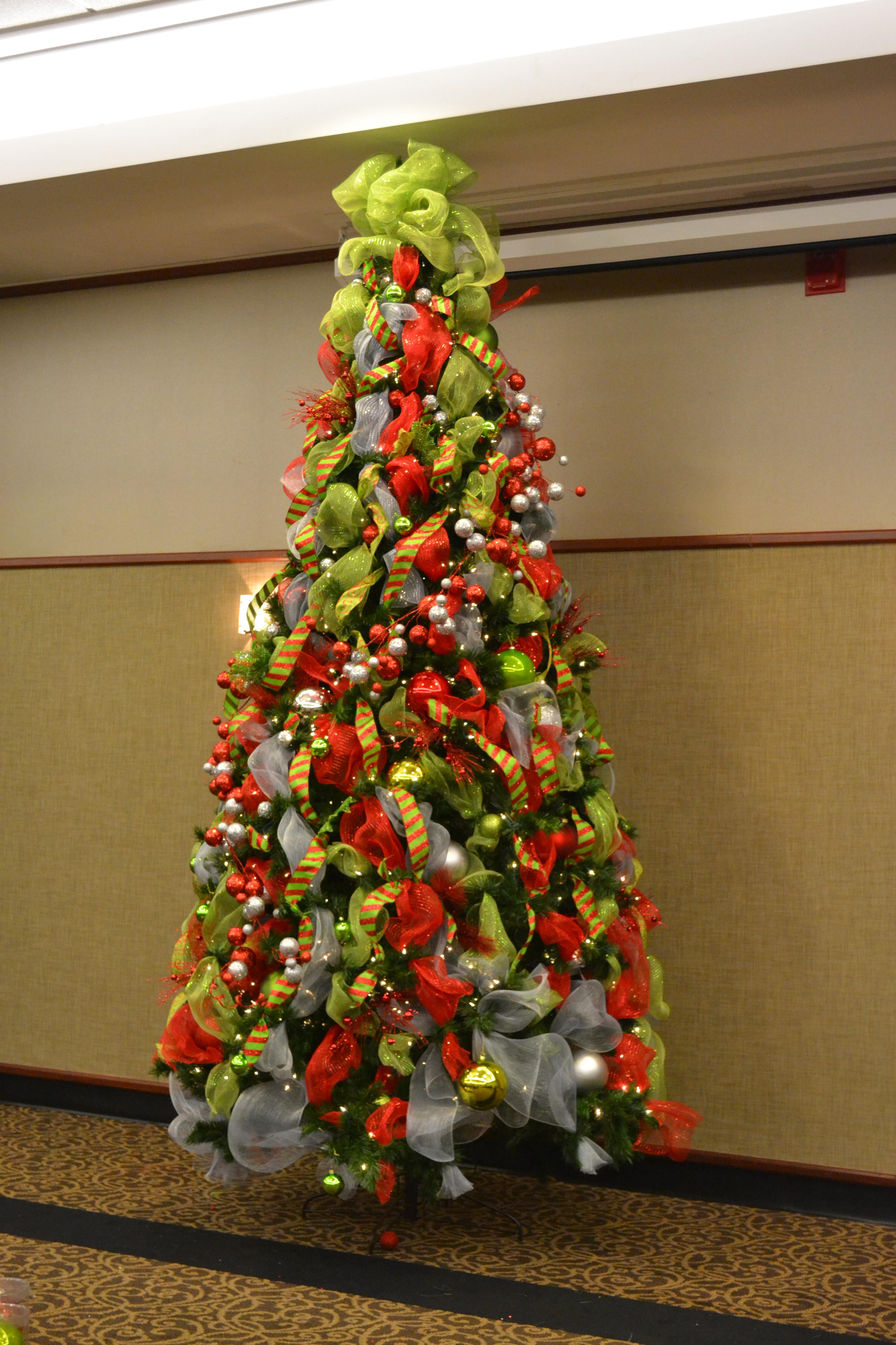 Home And House Christmas Decoration Cool Christmas Tree