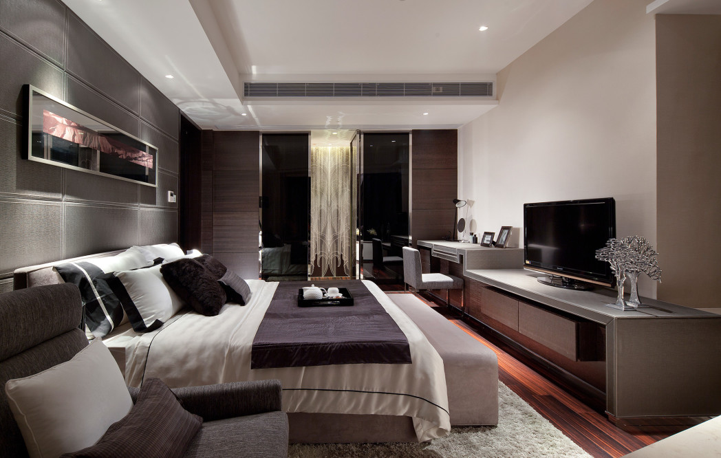 Exotic Master Bedroom Ideas With White Wall Can Add The Modern