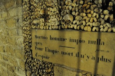Le Catacombes