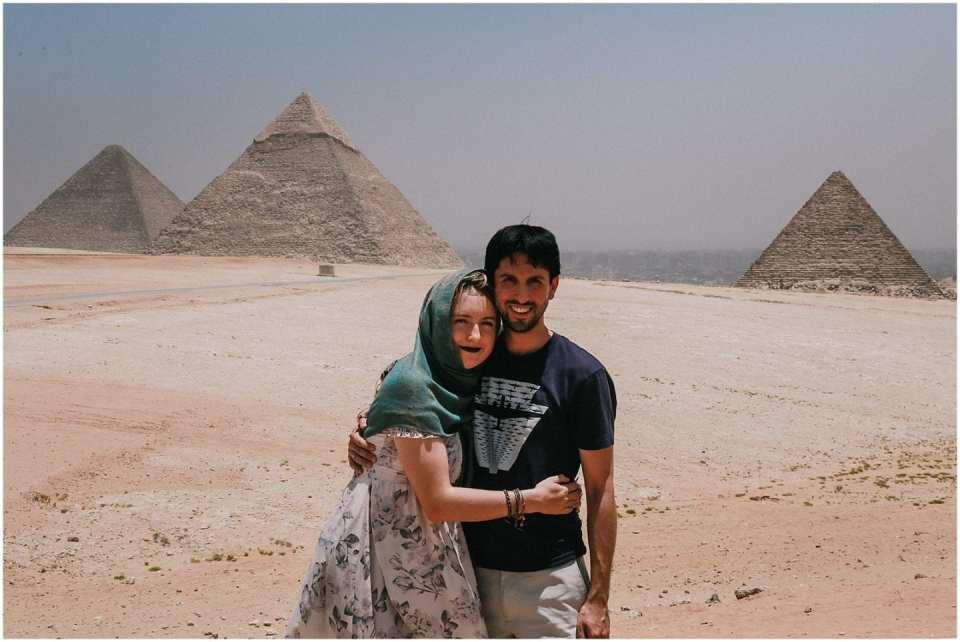 honeymoon couple in Egypt, Pyramids of Giza on Travel Talk Tour