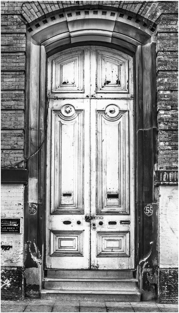 manchester handkerchief manufacturer door