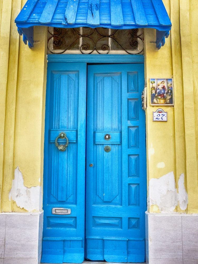 door blue Malta