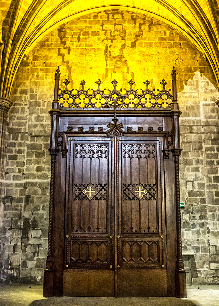 Confessional 1 Barcelona Cathedral