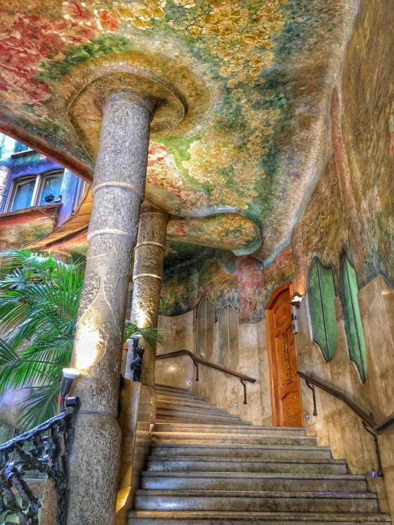 Stairway - La Pedrera