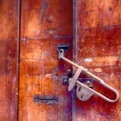 Barcelona's-Gothic-Quarter door bolt padlock street