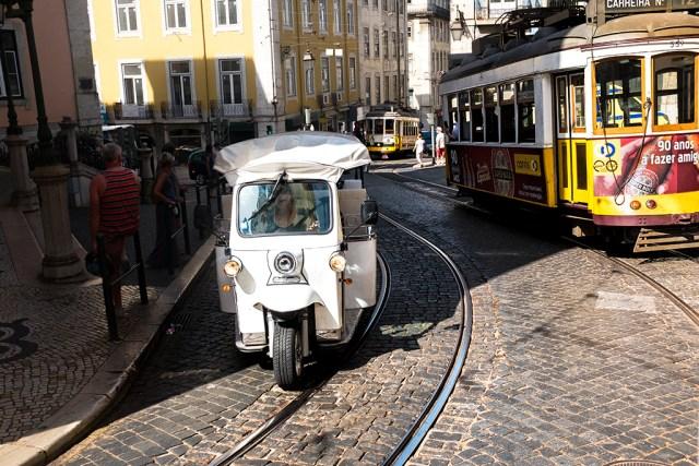 Tuk Tuk tram tracks Lisbon transport Which Way