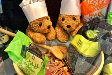Too many Cooks teddy bears baking