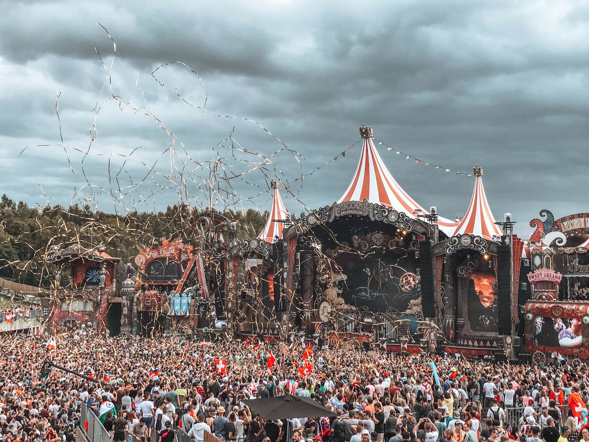 How Much Does It Cost To Go To Tomorrowland? Helene In
