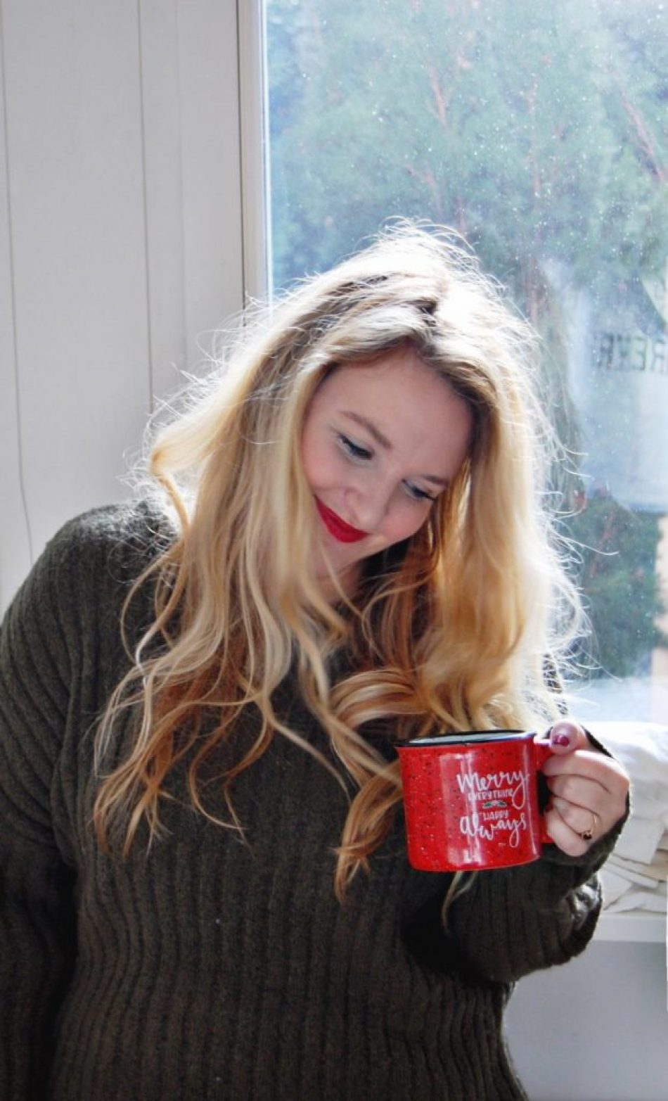 coffee-look-red