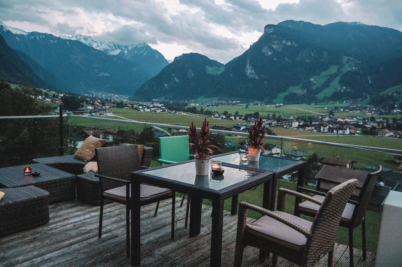 alps mountaineering adventure chair family room chairs the ultimate guide to zillertal austria