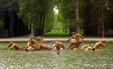 If I could afford the luxury, I would go back to this place - Versailles in France. I would set up a garden party right in the avenue I photographed here, with a delicious spread for lunch. I once ate a peach that was so perfect I imagine the peaches in heaven would taste just like it - a great pile of those would have to be found for this gathering. Everyone would be required to wear boater hats and carry parasols; it would be so very twee, and I would be so very happy.