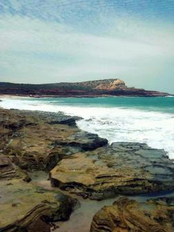 What is a massive shoreline looks tiny from this far away! I took this photo in Kalbarri (Western Australia) - a place that has many a wonderful waterside trail. This one had views that would blow you away!