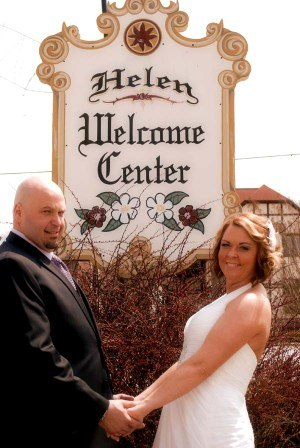 Helen- one of the best places to elope in Georgia