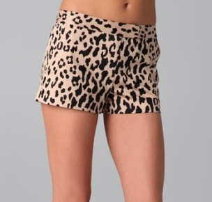 The Art of Accessorizing-HelenHou.com-Tibi Cheetah Print Shorts (the same shorts worn by Olivia Palermo)