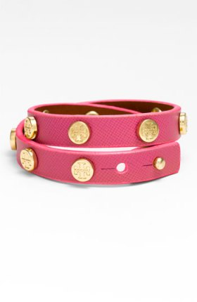 Tory Burch bracelet,neon bracelet,neon pink bracelet,stud bracelet,helenhou, helen hou, the art of accessorizing, accessoriseart, celebrity style, street style, lookbook, red carpet looks