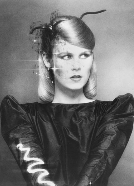 Chic Hair Look Inspired by Soft Cubism – 1979