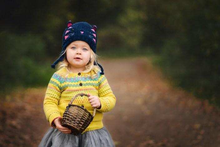 Helen Rowan Photography Chesterfield Autumn girl basket