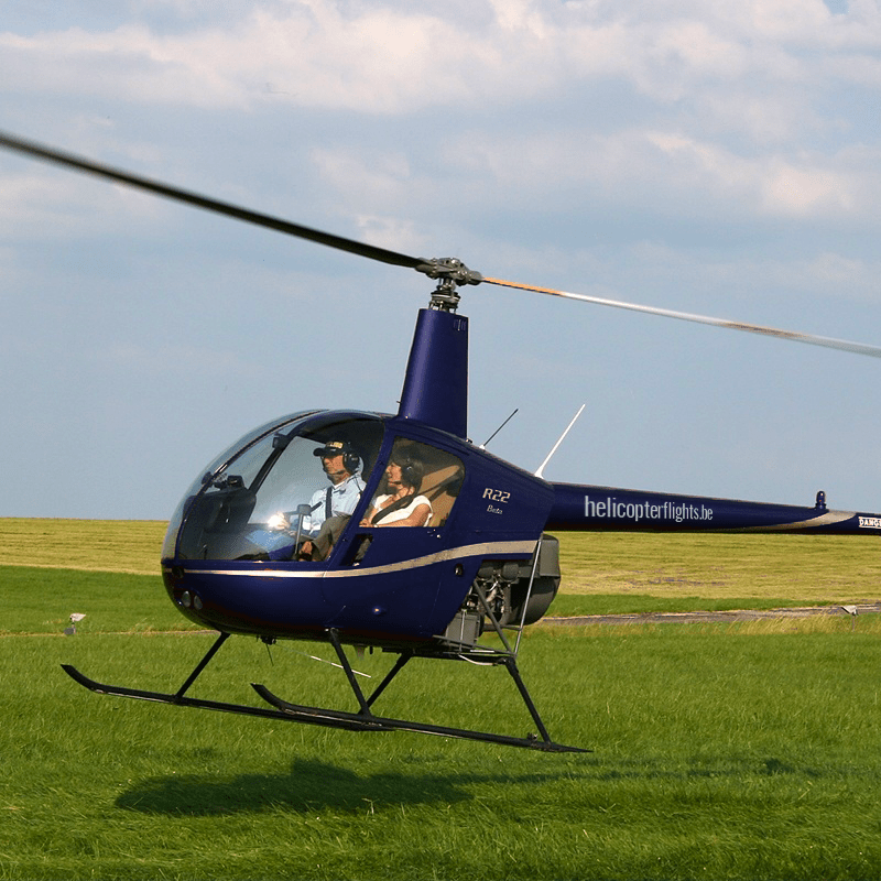 Helikopter piloot opleiding Robinson R22 Inititatievlucht