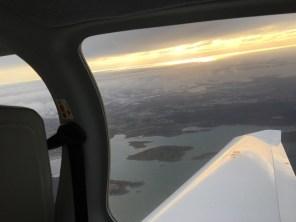 Flygning med Gabriel Lundell och Jonas Wingren på Svensk Pilotutbildning.