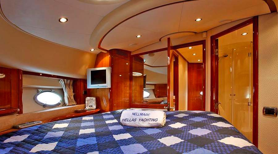 CHARTER-GREECE-MOTOR-YACHT-NELL-MARE-11