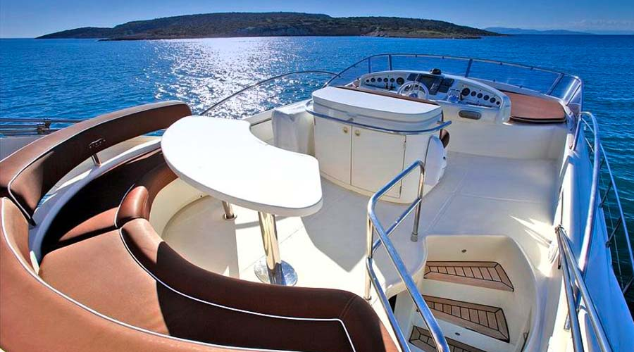 Charter greece motor yacht nell mare 5 hellas yachting for Motor boat rental greece