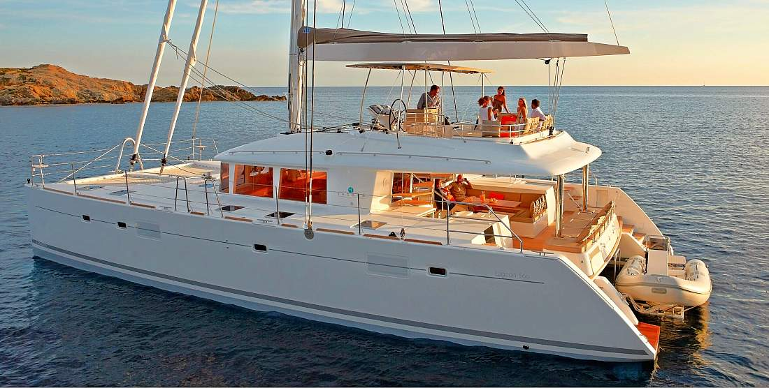 Crewed Catamaran MOYA for Charter in Greece - HELLAS YACHTING