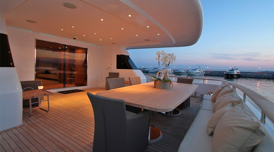 LUXURY-YACHT-CHARTER-GREECE-MABROOK-16