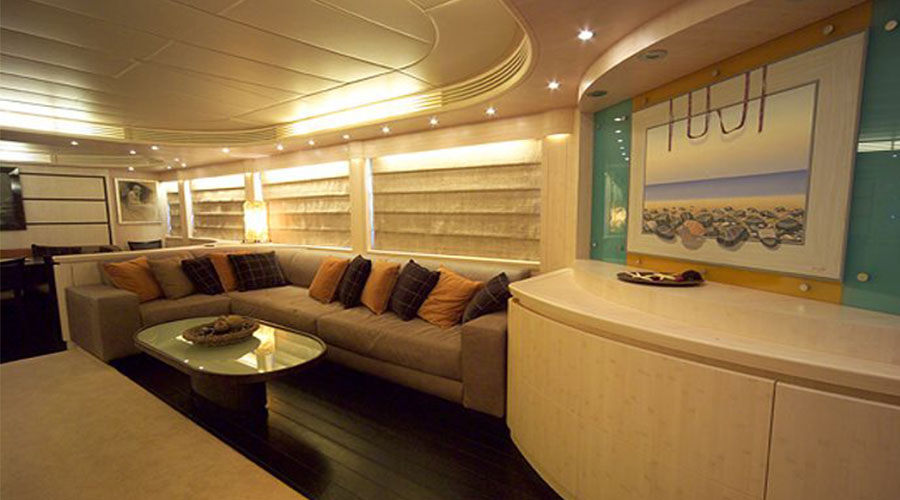 LUXURY-YACHT-GLAROS-13