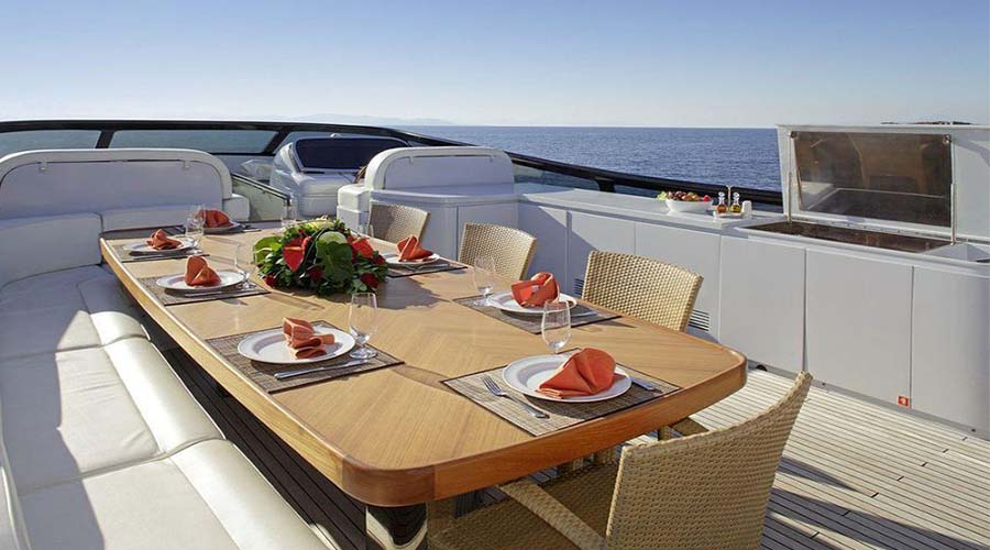 LUXURY-YACHT-GLAROS-7