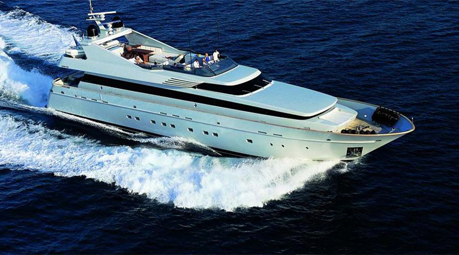 LUXURY-YACHT-KINTARO-1
