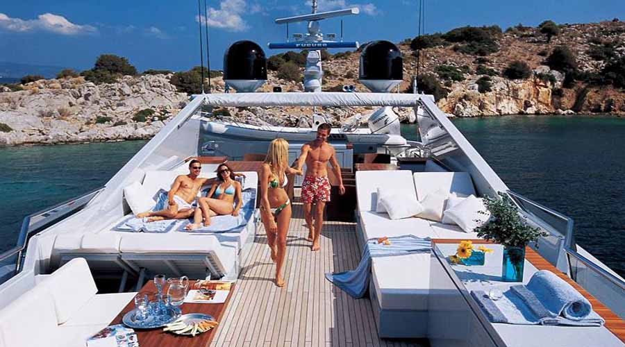 LUXURY-YACHT-KINTARO-3