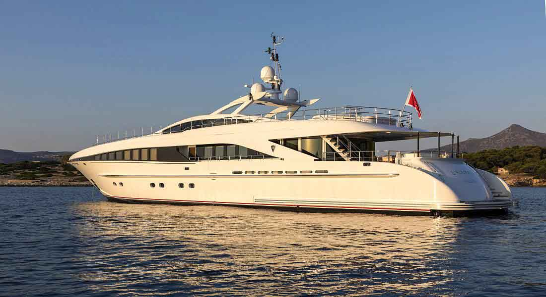 LUXURY-YACHT-L'EQUINOX-7