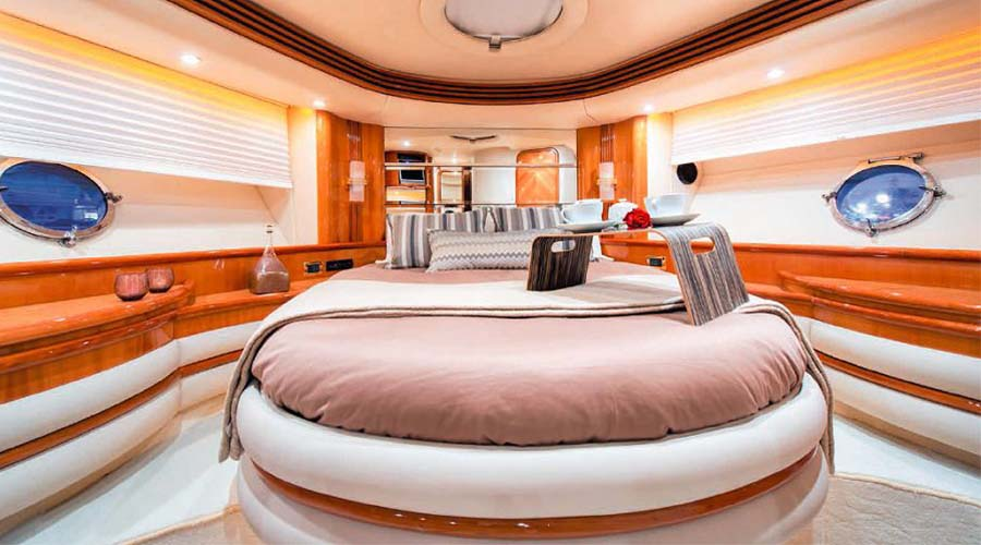 MANU - Charter Motor Yacht Greece - HELLAS YACHTING