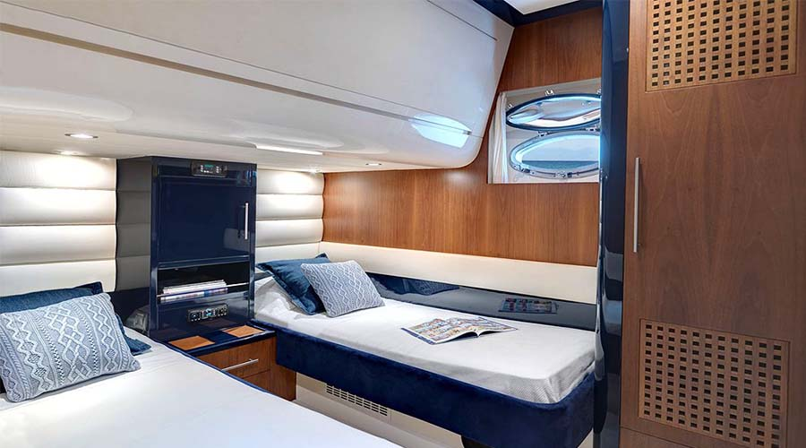 MOTOR-YACHT-SPACE-16