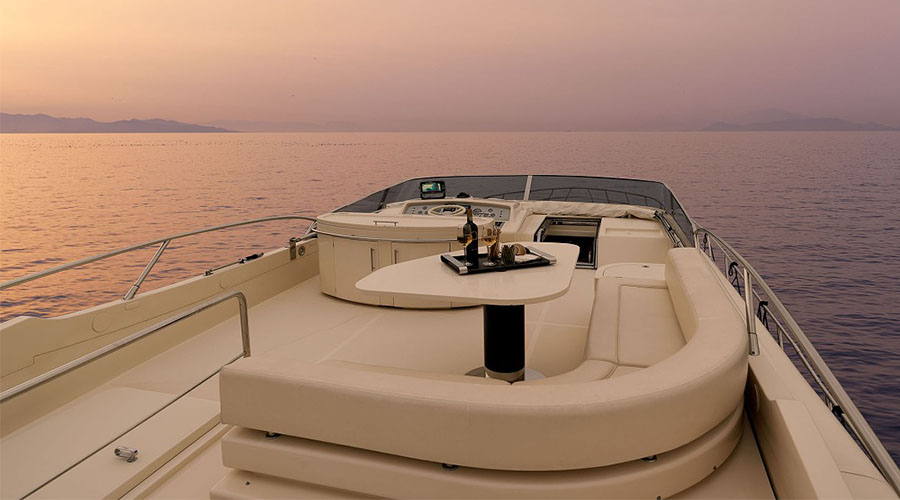 MOTOR-YACHT-SPACE-5