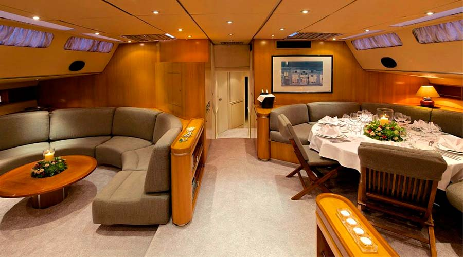 CREWED-SAILING-YACHT-AMADEUS-12