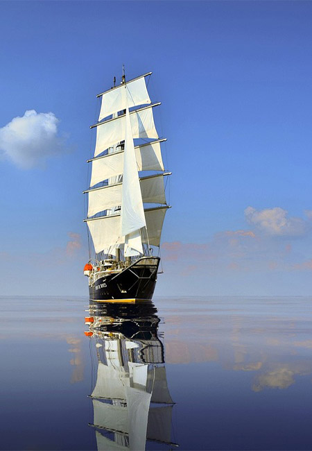 SAILING-YACHT-RUNNING-ON-WAVES-28