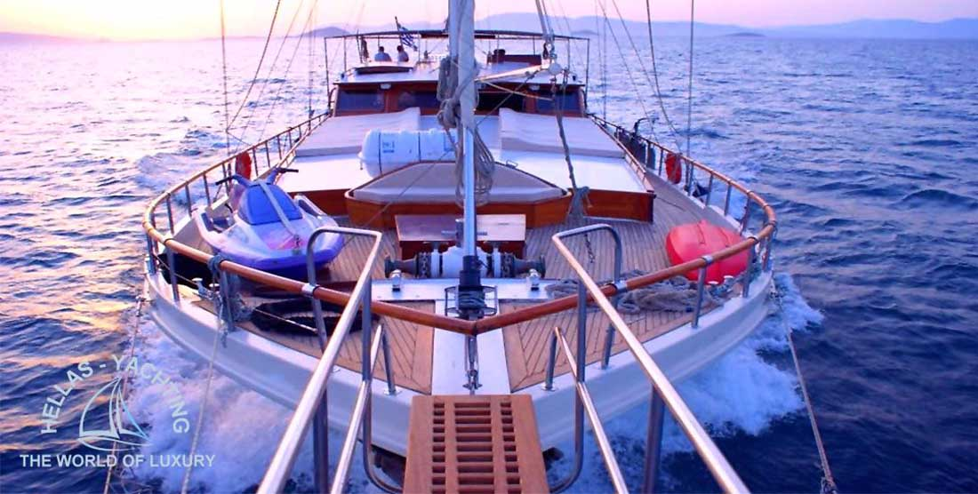 ERATO - Charter Motor Sailer in Greece - HELLAS YACHTING