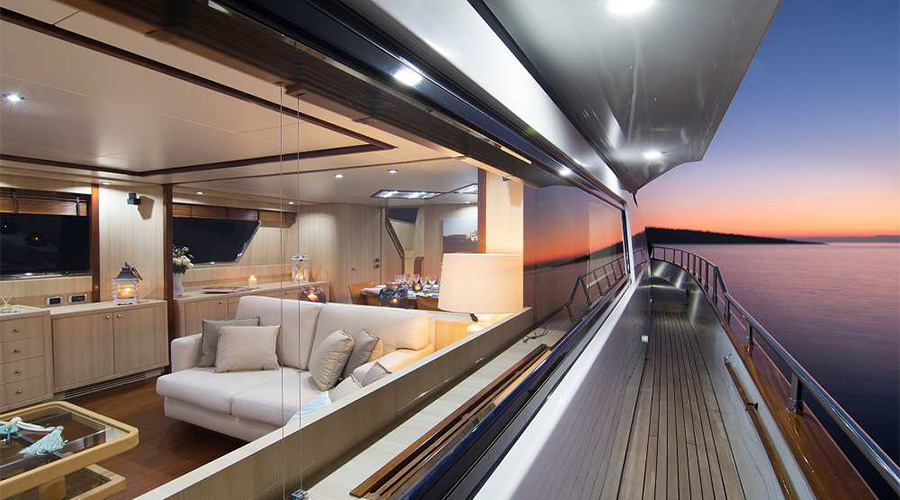 ACIONNA - Charter Motor Yacht in Greece - HELLAS YACHTING