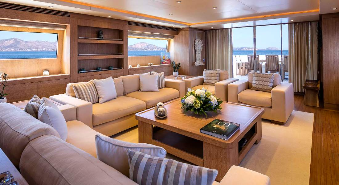 ALEXIA AV - Charter Motor Yacht in Greece - HELLAS YACHTING