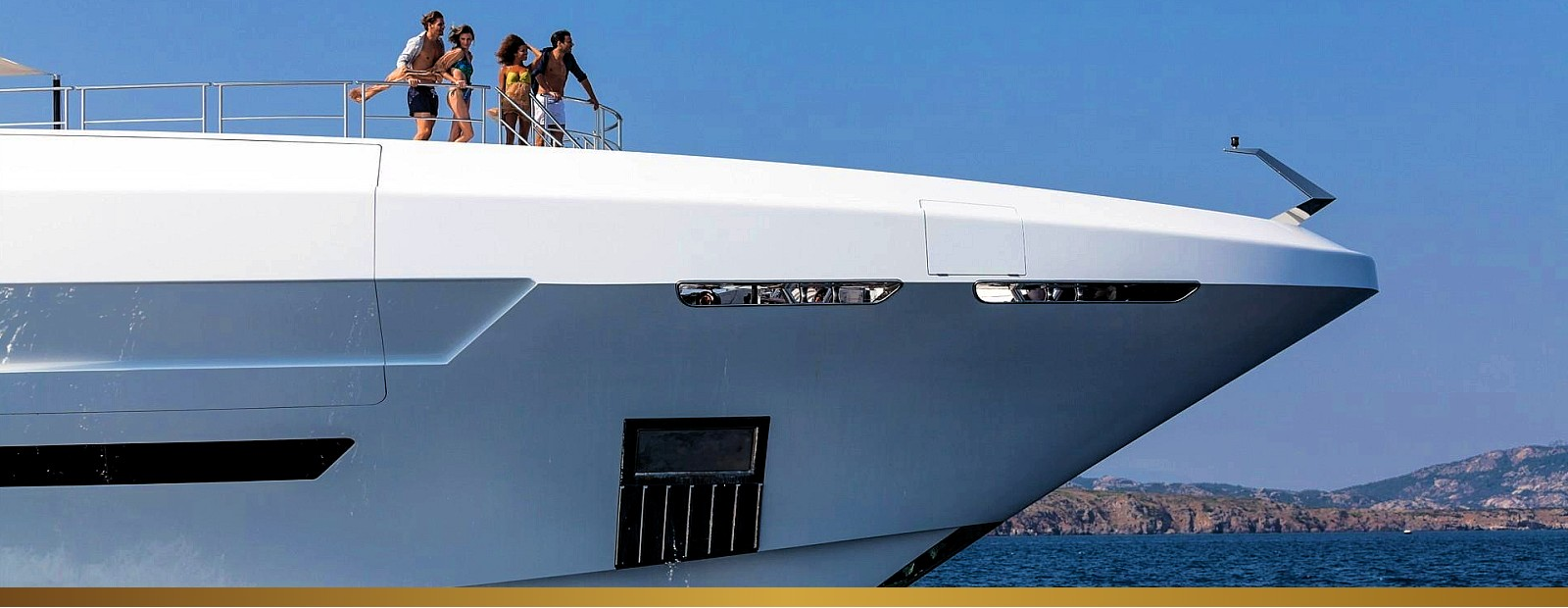 Luxury Yachts Charter in Greece & Monaco - HELLAS YACHTING