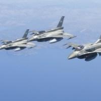 Σαράντα μπλε φτερά στο Αιγαίο απέναντι στα τουρκικά: Iσχυρό ράπισμα από τους πιλότους μας