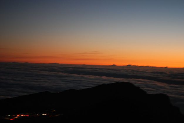 Watching the sun rise from the top of Haleakala volcanic crater