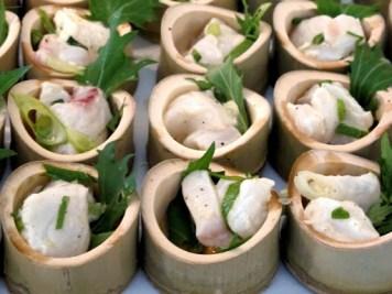 Cerviche i flotte bambusskåler.