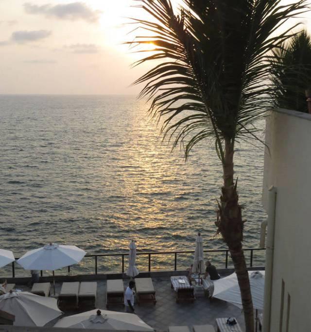 Solnedgang fra The Leela Hotel, Kovalam