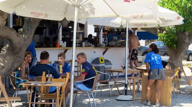 Strandbaren som serverer deilig mat.