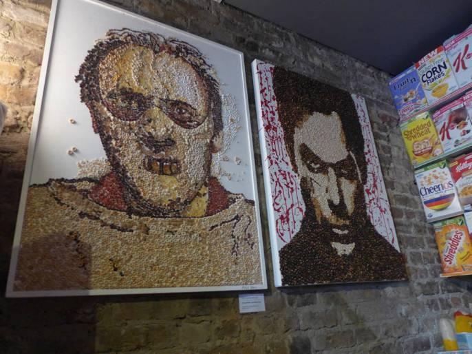 Seriemorder-kunst laget av frokostblanding.